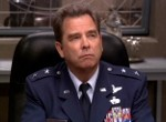 Hank Landry (Beau Bridges)